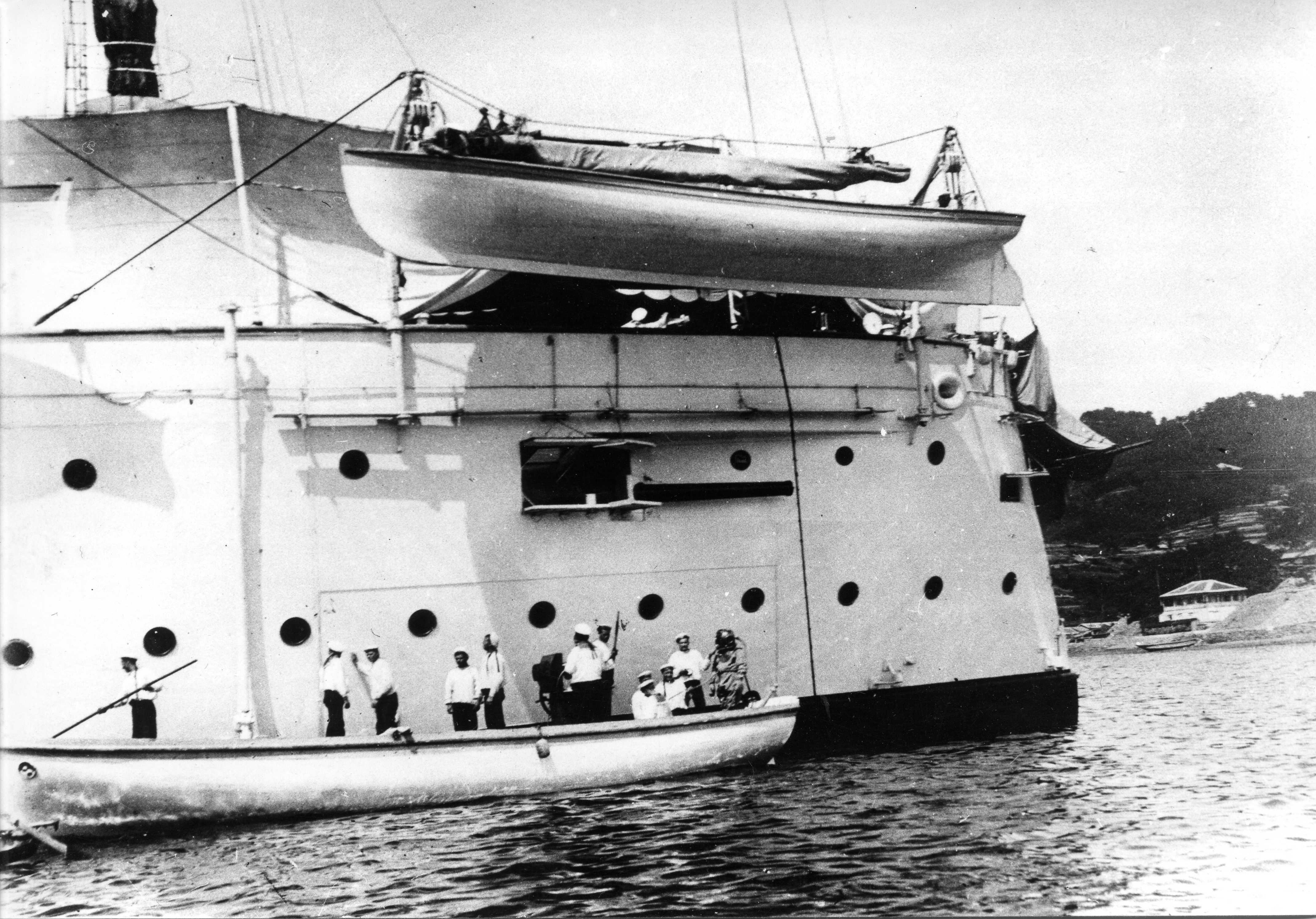 против, ведь крейсер рюрик фото венгрии, большой выбор