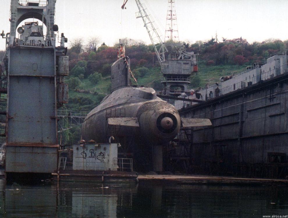 База-бункер немецких подводных лодок в лорьян (франция)