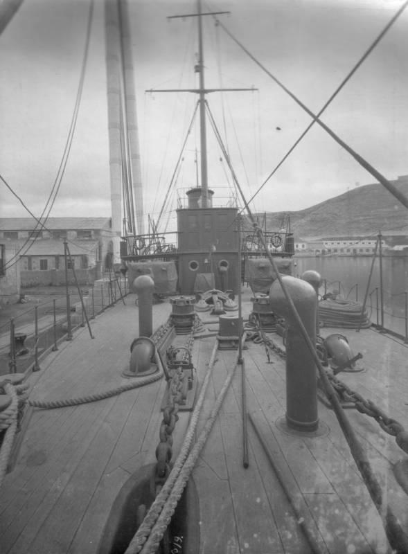 неизвесный корабль-4.jpg