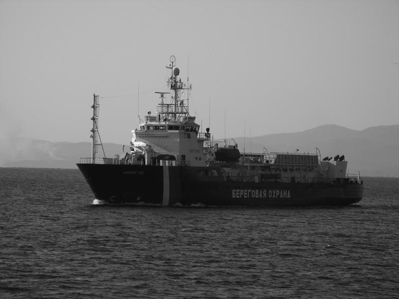 Патрульное судно Шкипер Гек - под исторический материал.jpg