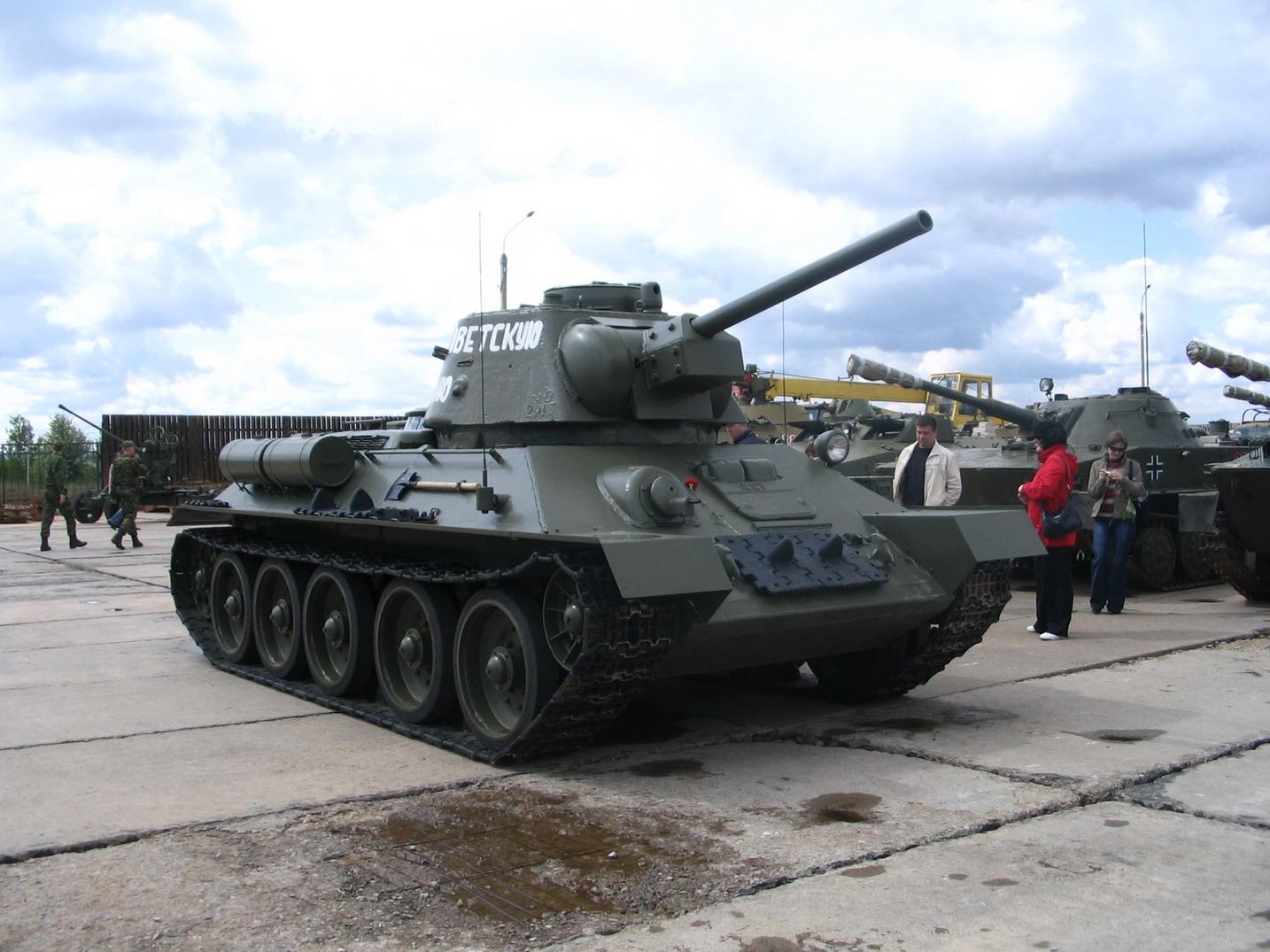Т-34-76 ''За Советскую Беларуссию'' (линия Сталина)_1.jpg