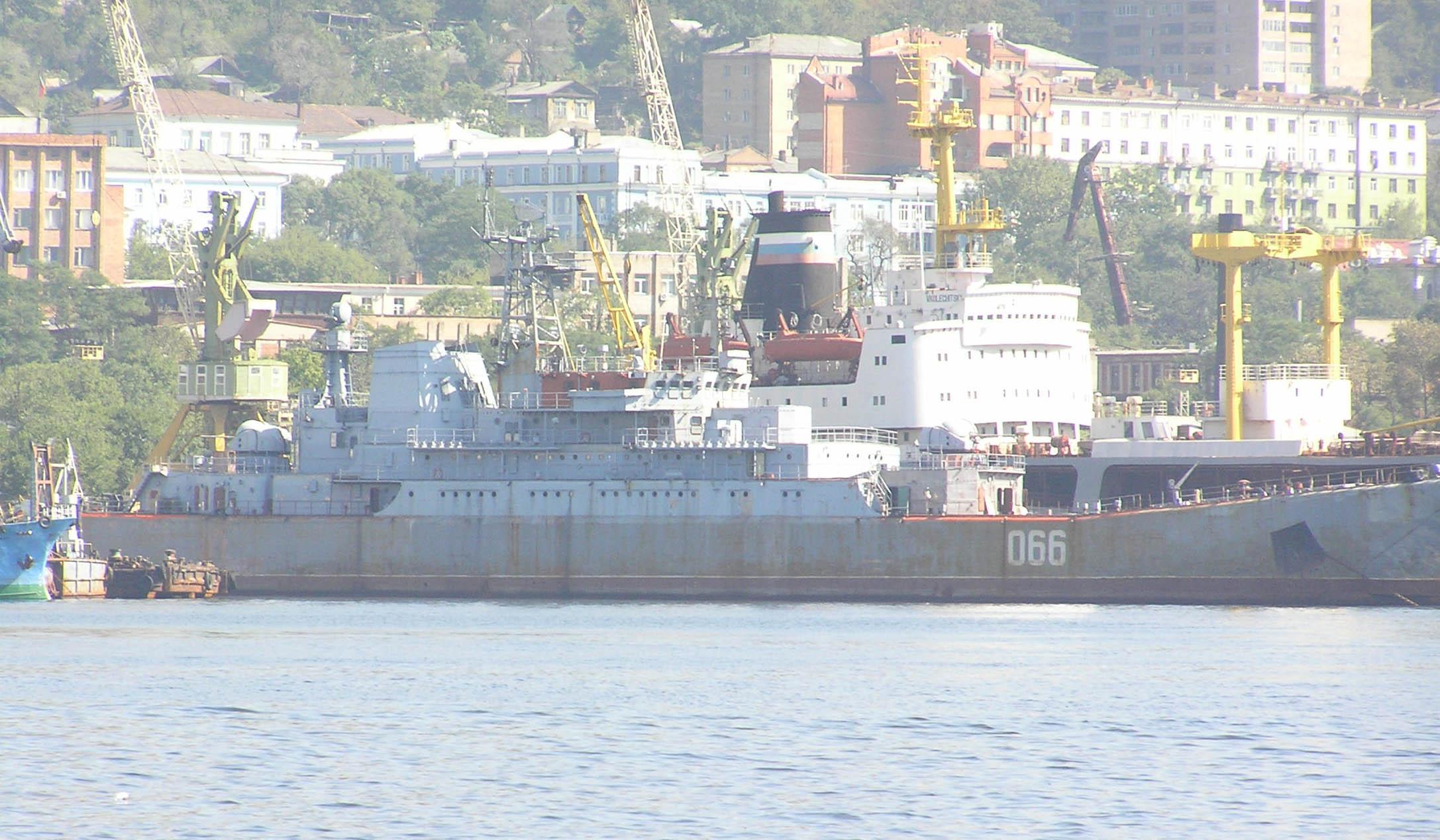 BDK-101_2005-09_05.jpg