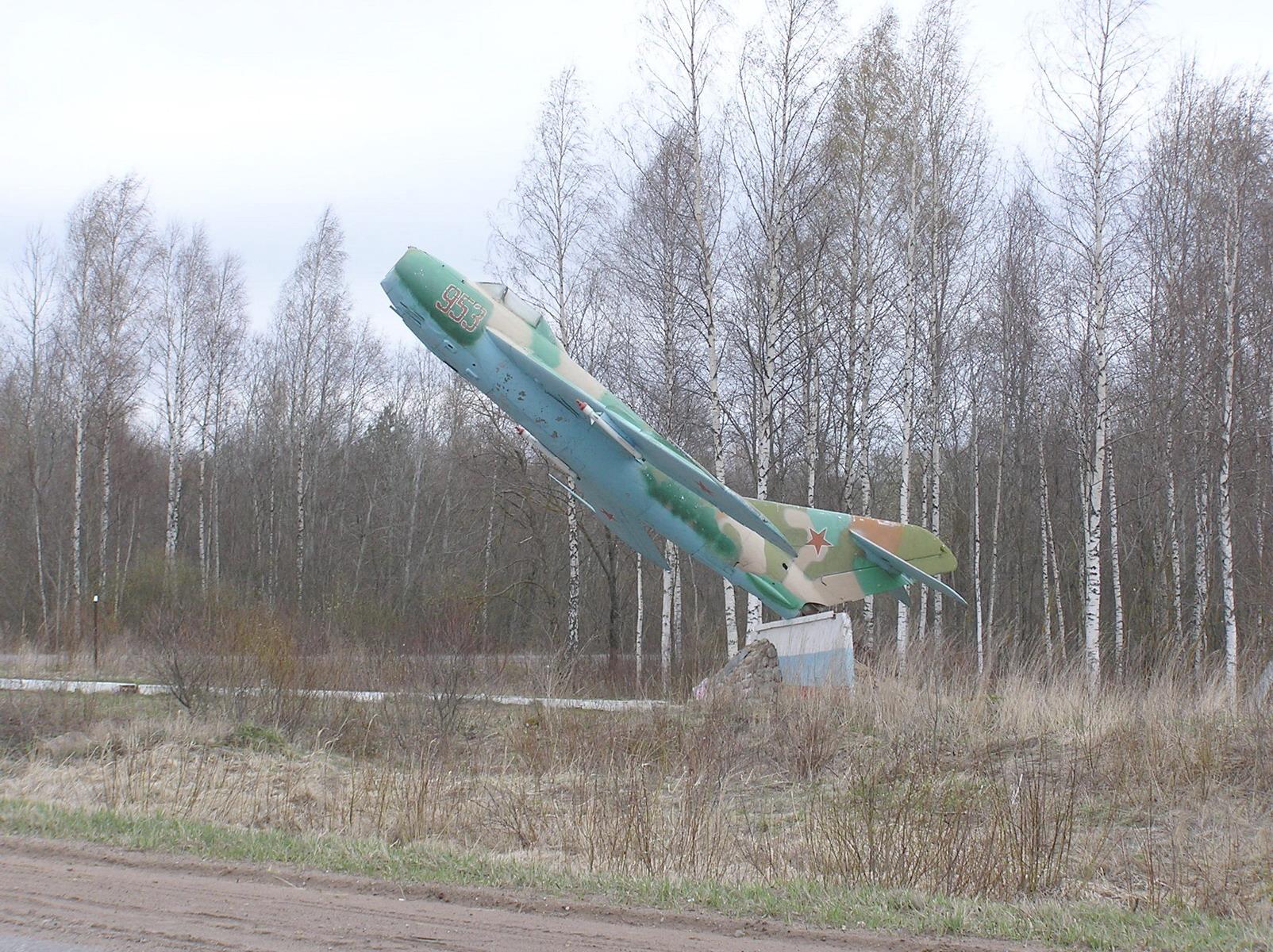 МиГ 17 Гдов. Псковская обл. 3_exposure.jpg