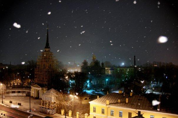 Лиговка. снег идет..jpg