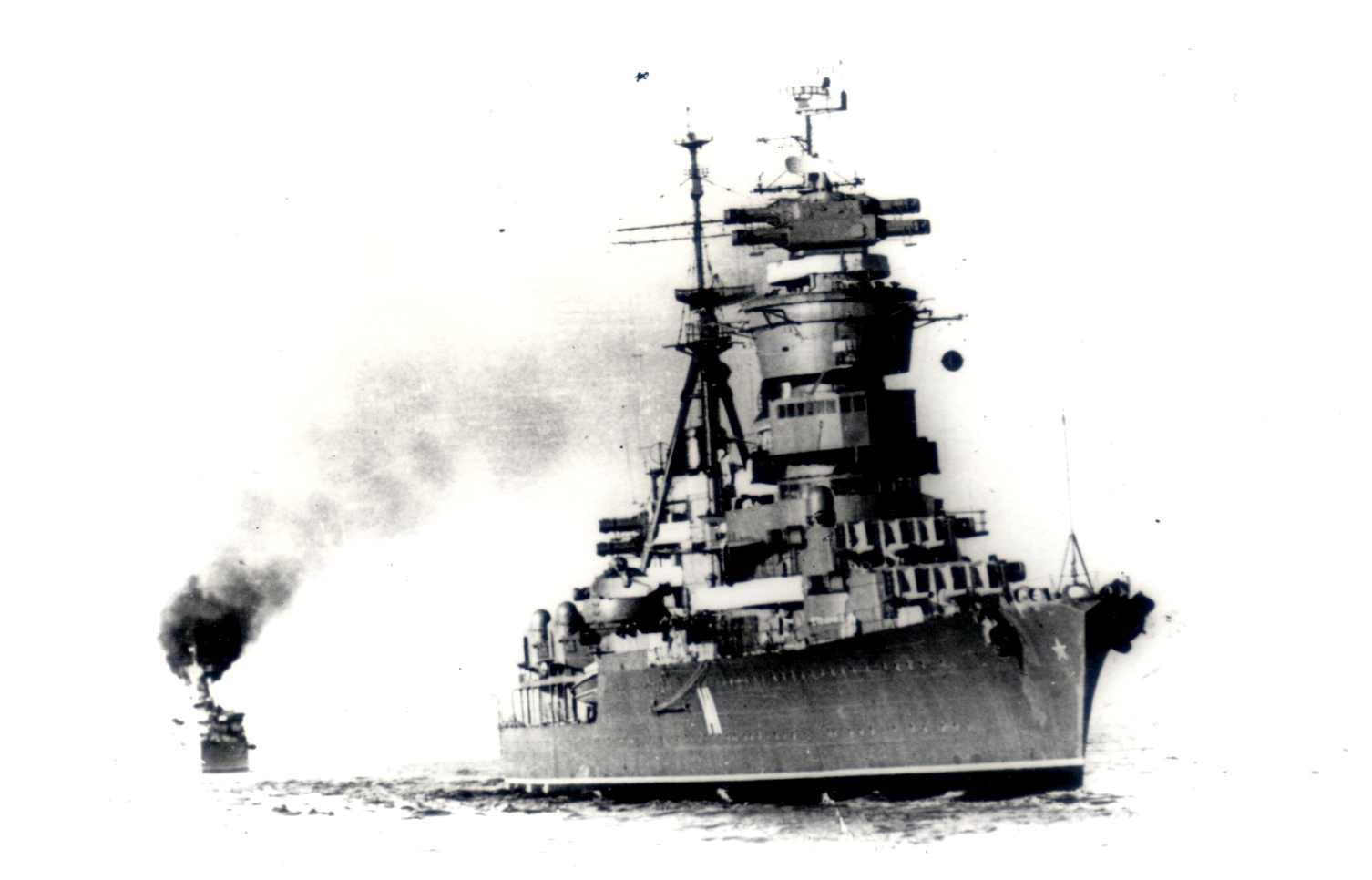 Kuibyshev (141) at sea, Molotov background.jpg