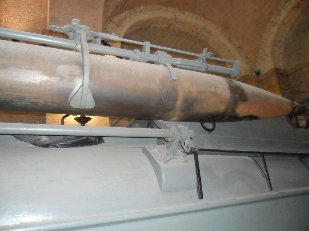Italian-1917-Torpedo-Boat-MAS-15-9.jpg