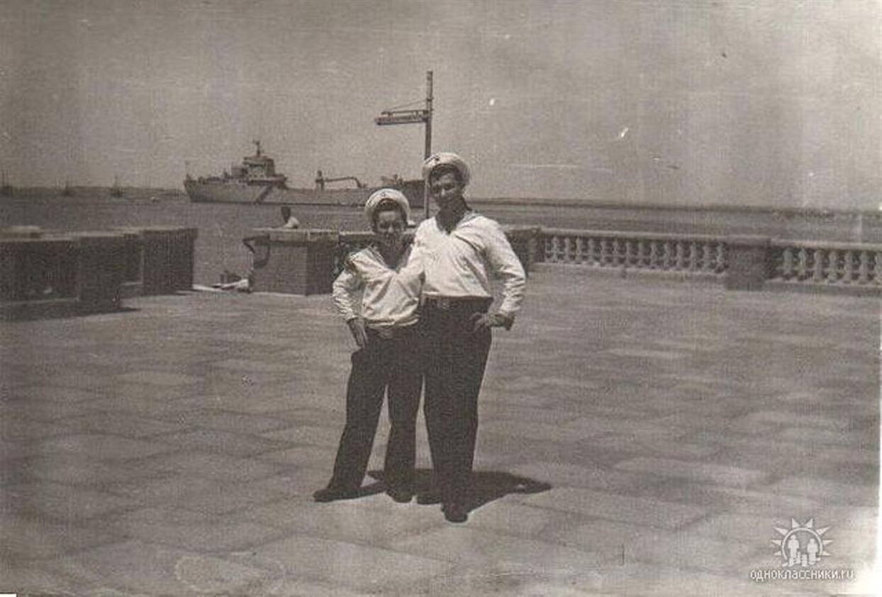 1972 год. Южный Йемен. Порт Аден.на фоне. архив Николая Данилейко (2).jpg