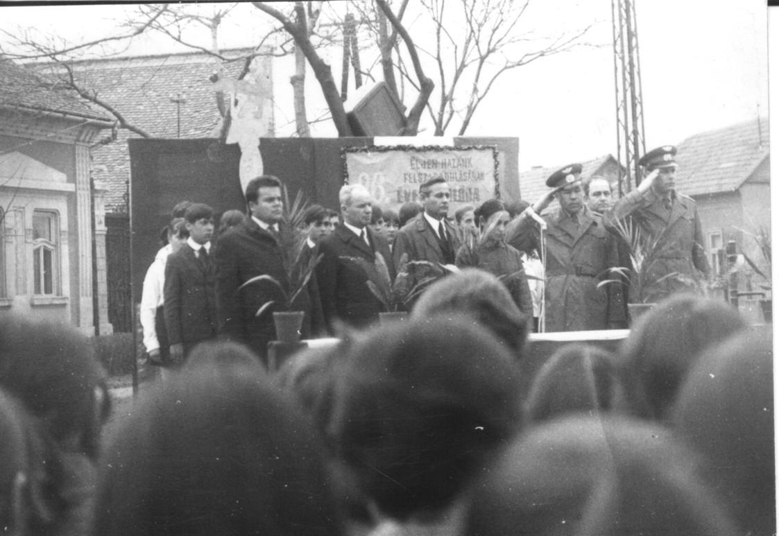 1971.április4..jpg