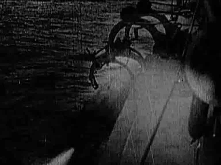 MAS 15. Сброс торпеды 2.jpg