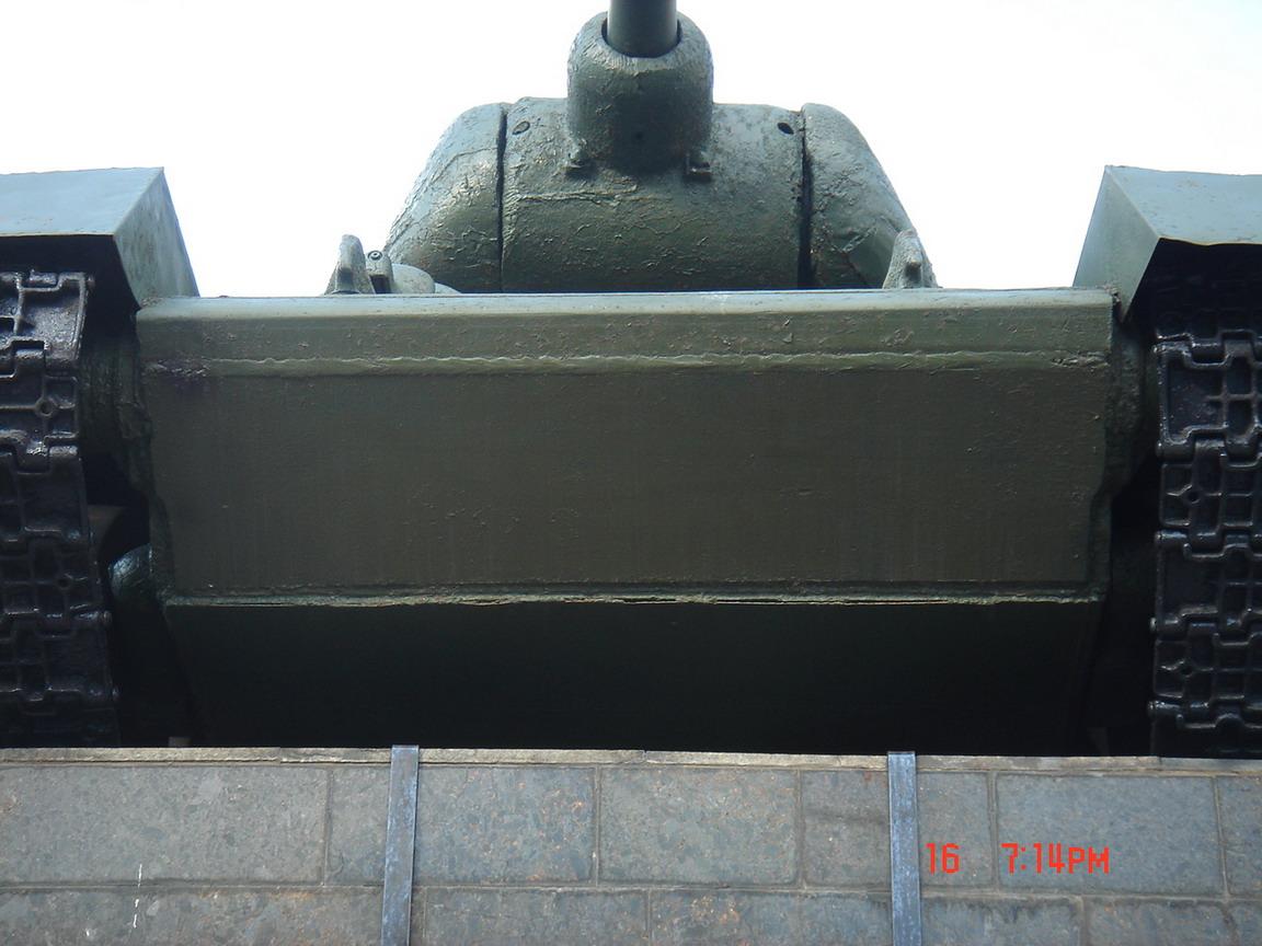 Т-34-85 (Минск памятник около Дома Офицеров)_04.JPG
