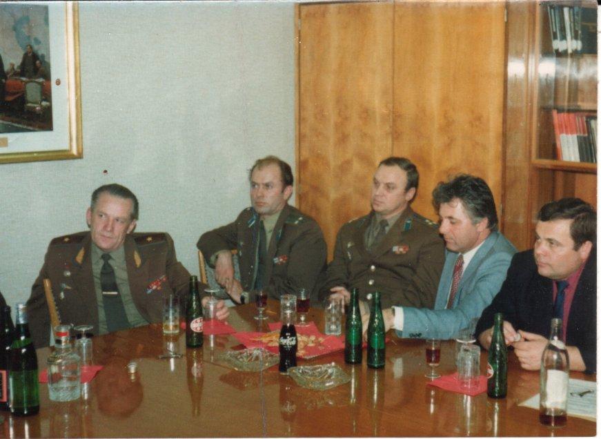 Фери с офицерами с Кунмадараша.jpg