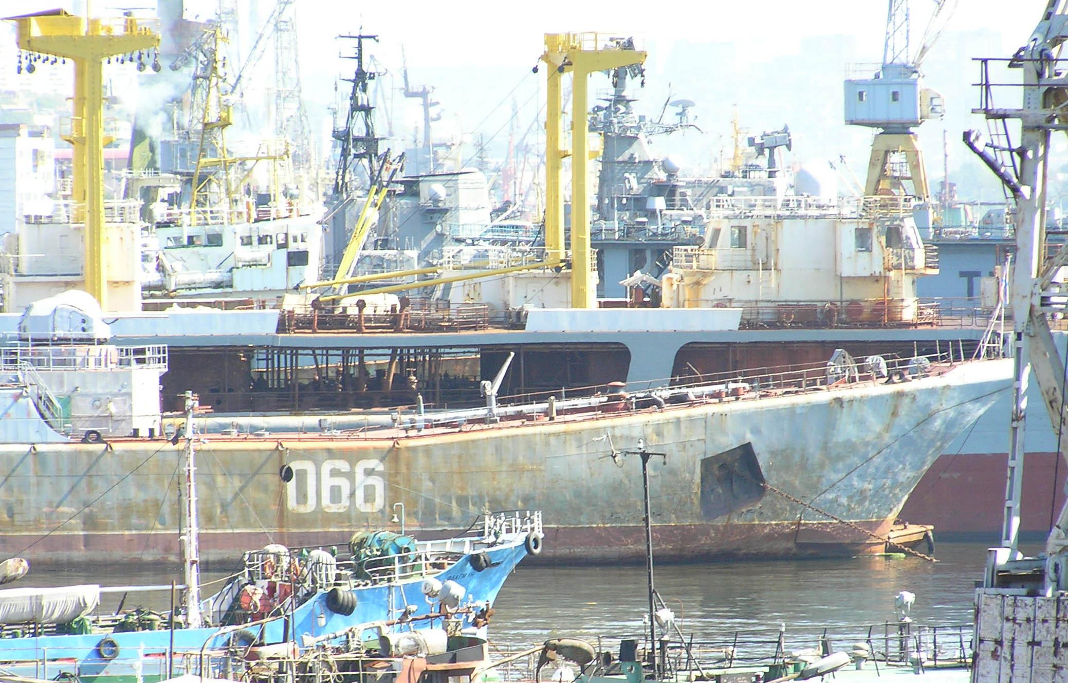BDK-101_2005-09_02.jpg