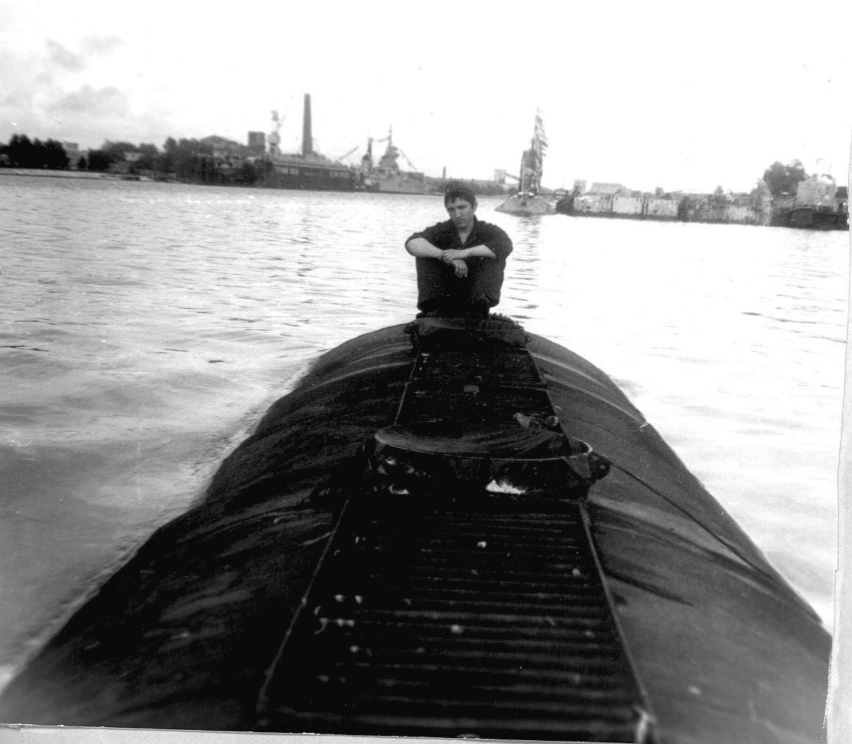 Лиепая Военный канал День ВМФ 1984г.jpg