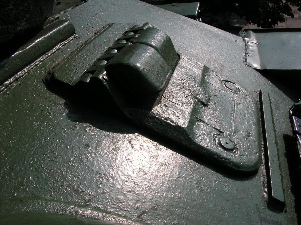 Т-34-85 (Минск, военный городок Уручье, памятник около Дома Офицеров)_17.JPG