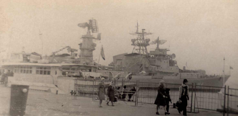 Provorny(61E)in Port of Nikolayev  before trials.jpg