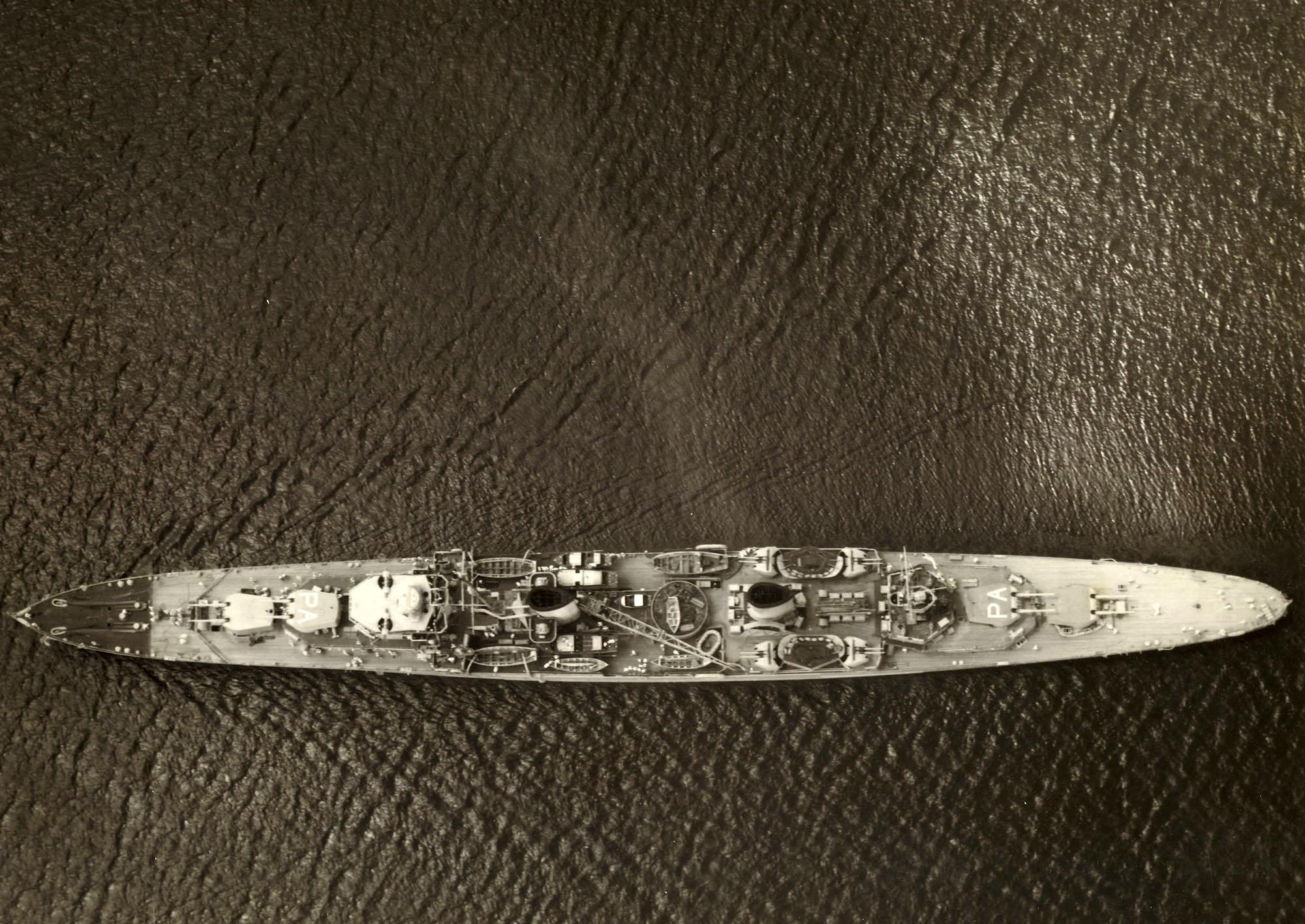 HMAS PERTHo.jpg