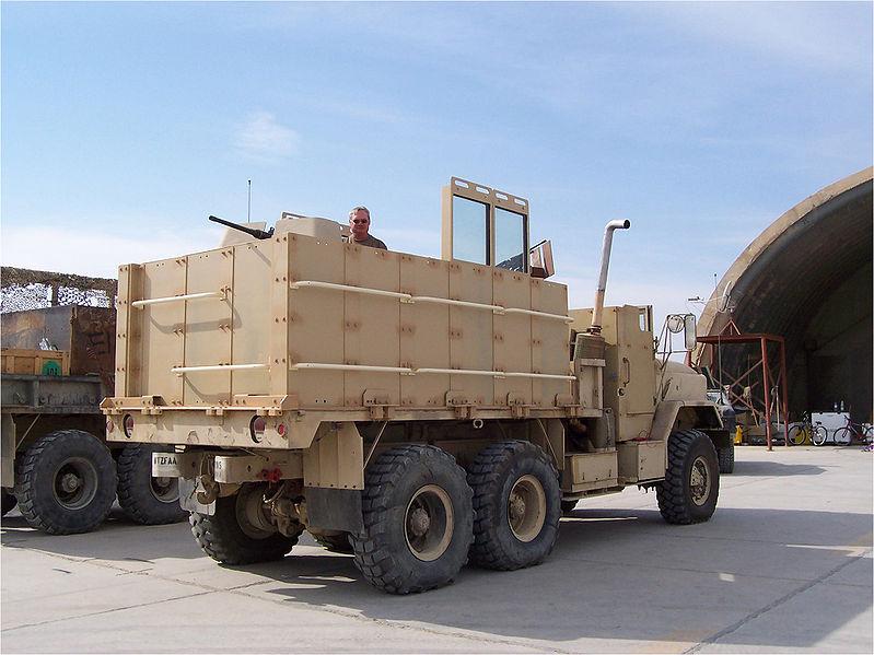 Ирак_США_гантрак на базе пятитонного грузовика М939.jpg