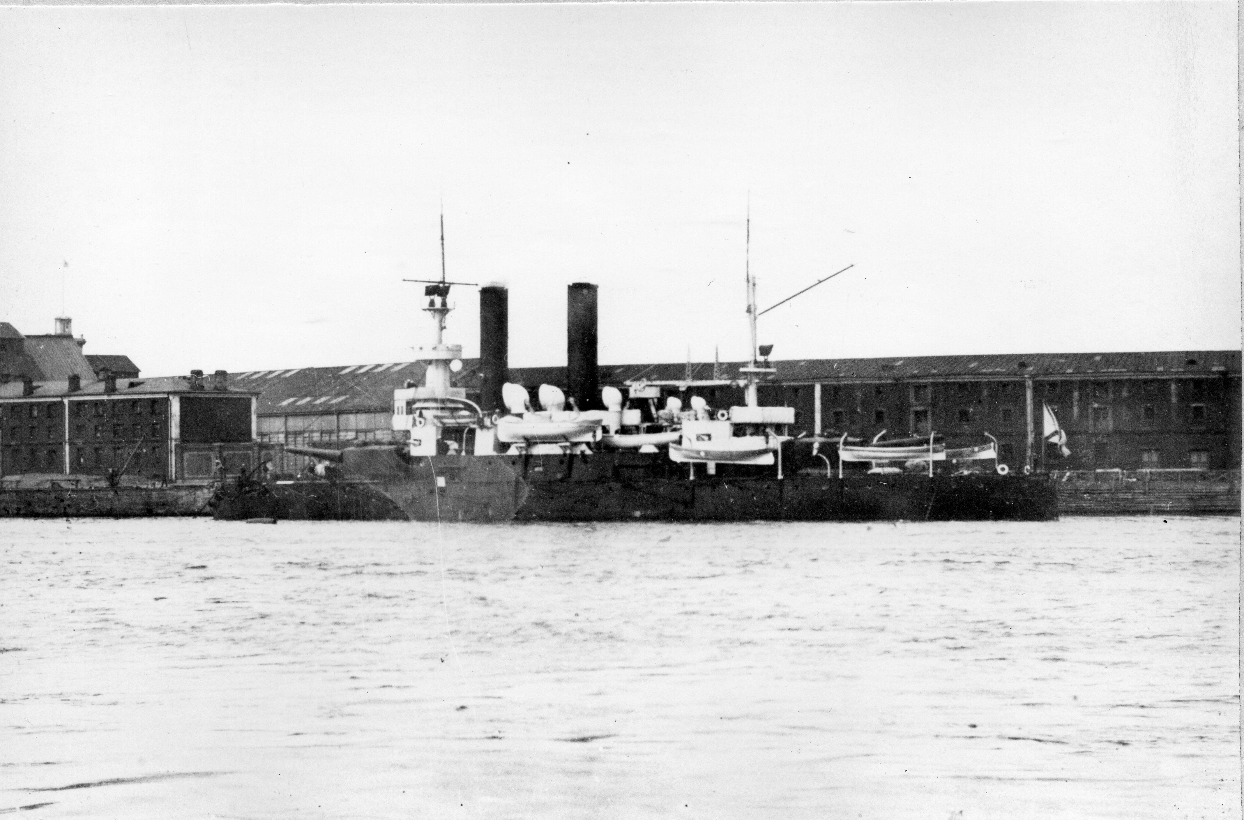 Ген-адмирал Апраксин 001.jpg