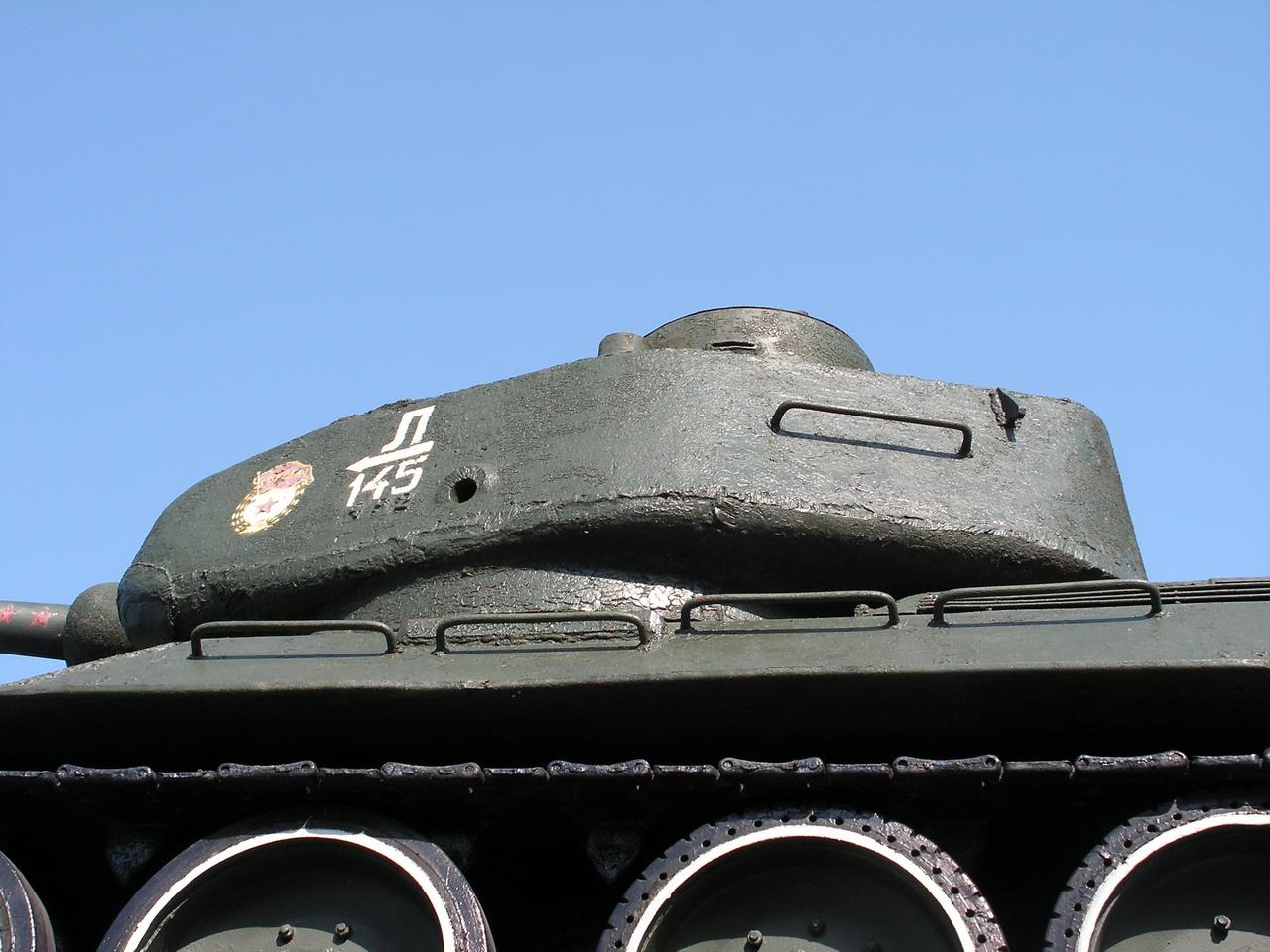 Т-34-85 (Минск памятник около Дома Офицеров)_06.JPG
