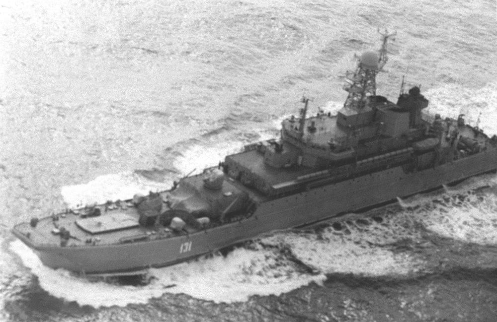 БДК-11 переход на ТОФ  12.1.1992.JPEG