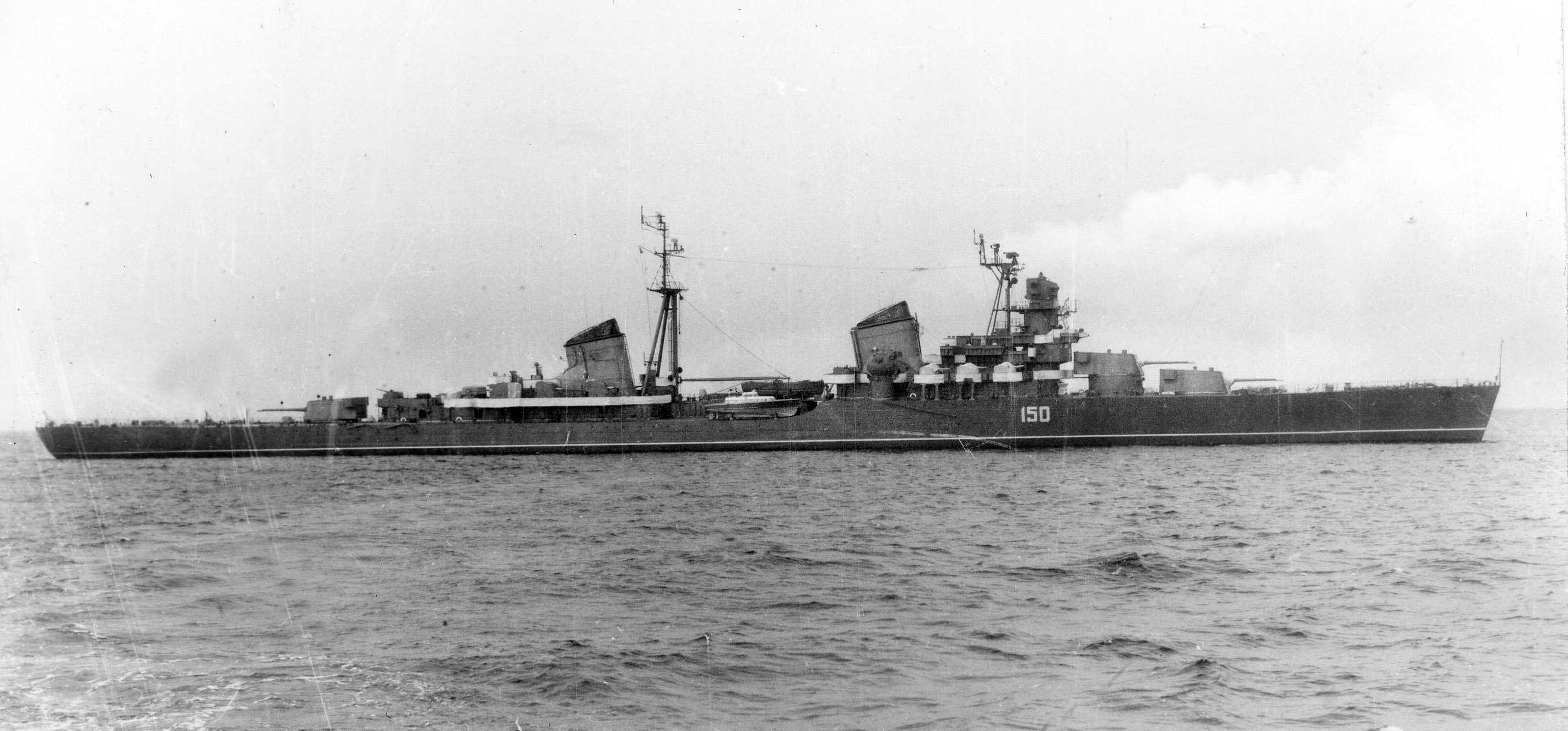 Крейсера пр. 26 и 26-бис. Часть 5. Заключительная, но не последняя. Максим Горький против тяжелых крейсеров.