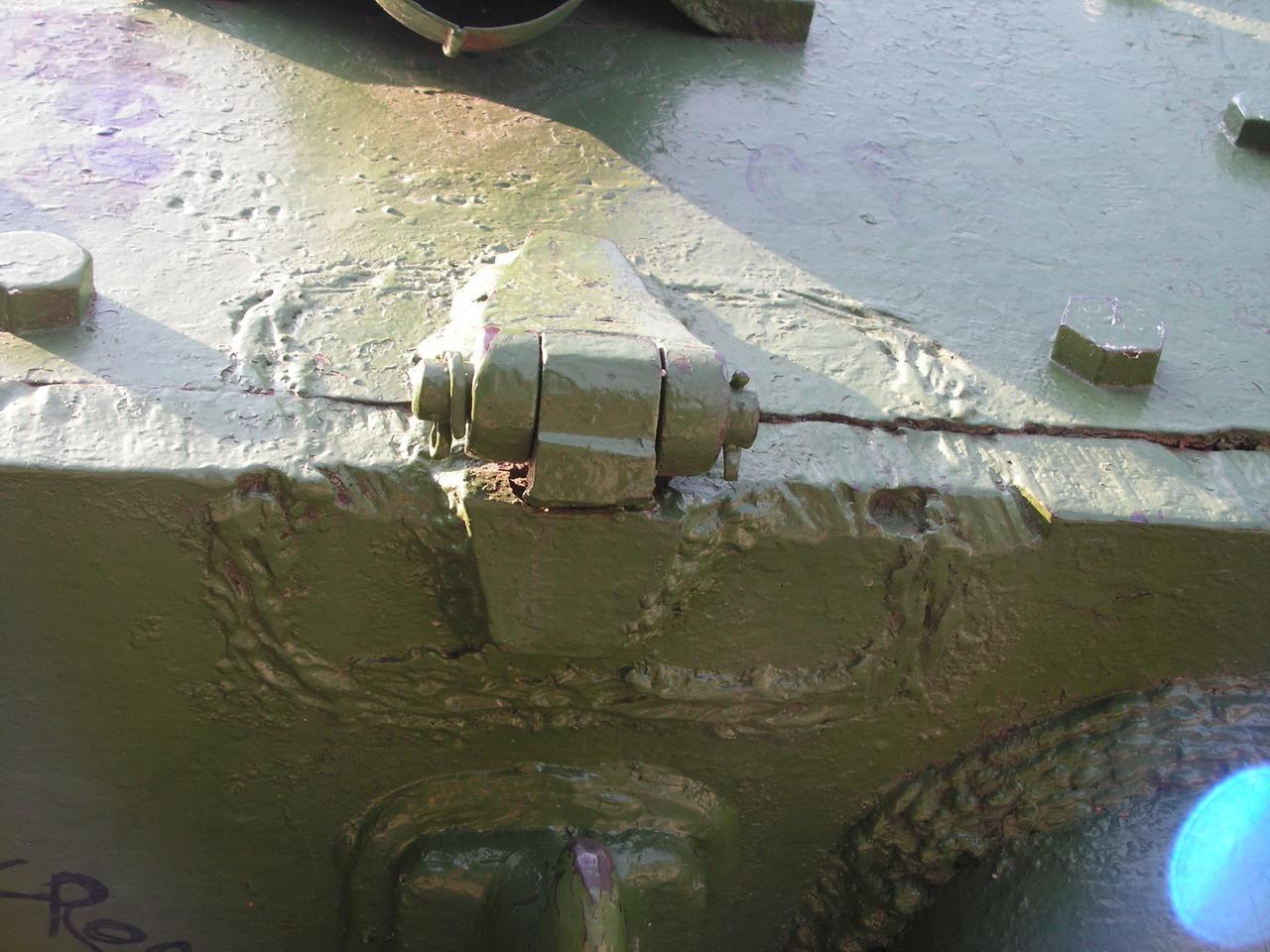 Т-34-85 (Минск, военный городок Уручье, памятник около Дома Офицеров)_24.JPG