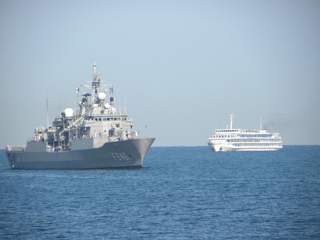 фр ВМС Турции F246 Salihreis.jpg
