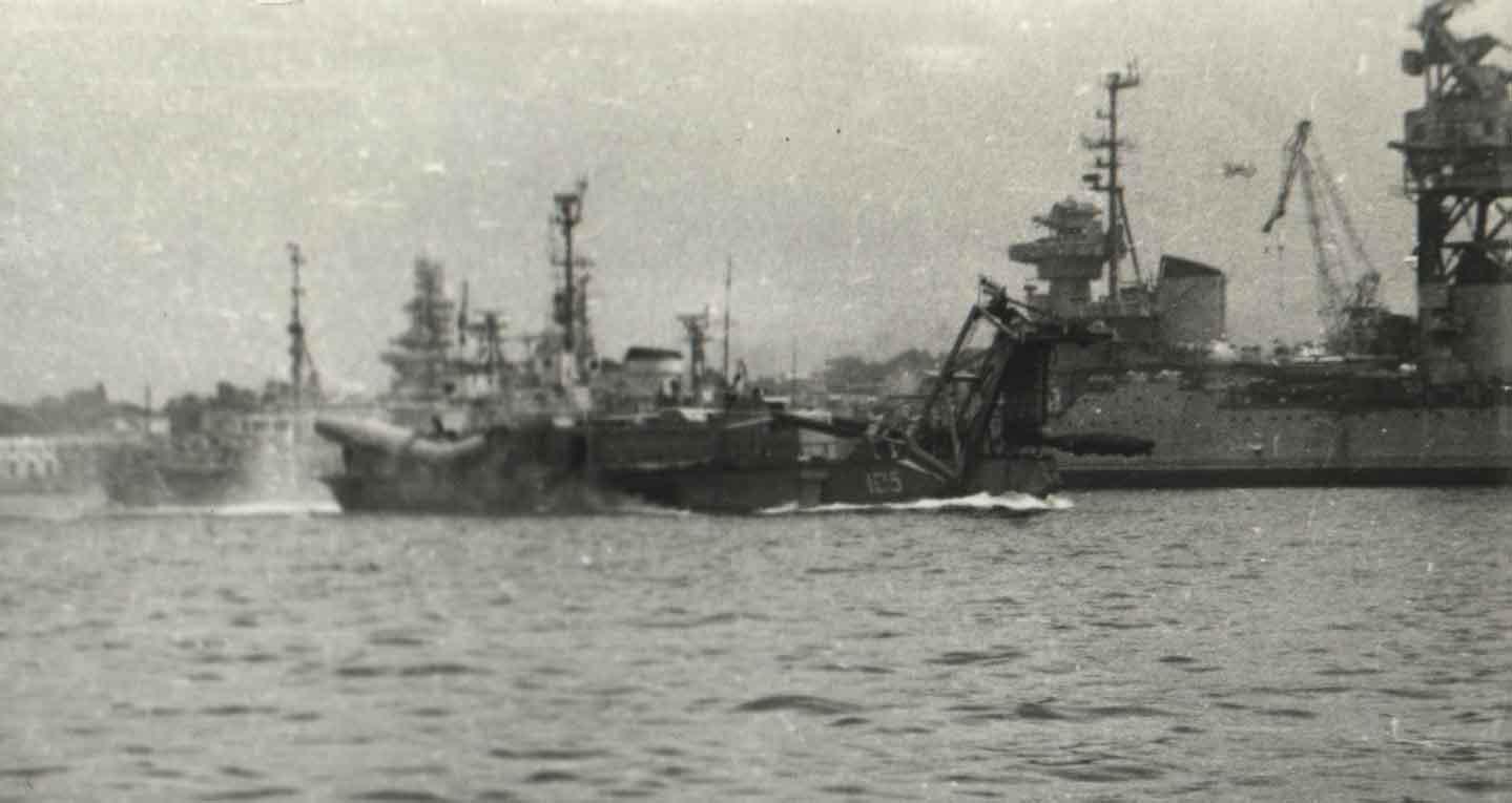 experimental craft (May 1973) Sevastopol.JPG